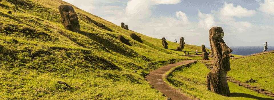 Rano Raraku Moai Quarry